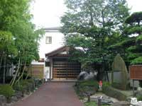 法受寺本堂