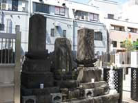 金蔵寺無縁塔