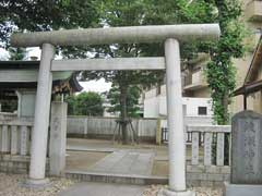 綾瀬神社鳥居