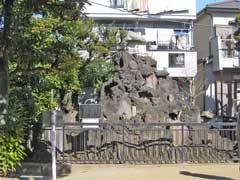 綾瀬稲荷神社富士塚