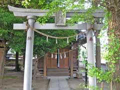 栗原氷川神社神楽殿