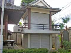 西新井氷川神社神楽殿