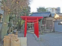 元宿堰稲荷神社鳥居