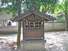 舎人氷川神社稲荷神社