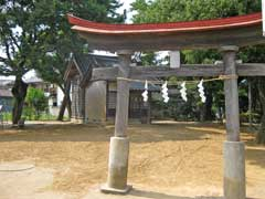 舎人諏訪神社鳥居