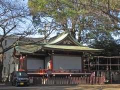 諏方神社神楽殿