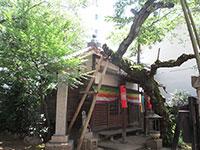 潮泉寺縁引地蔵堂