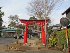 岡発戸八幡神社鳥居