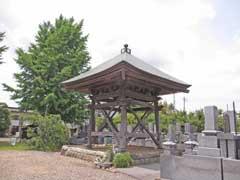 本満寺鐘楼