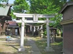 胡録神社社殿