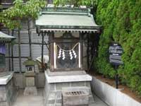 三囲神社銀座摂社