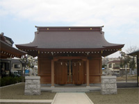 前川神社拝殿