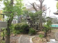 富士塚と浅間神社