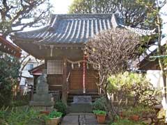 轡神社拝殿