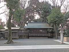 東新町氷川神社神楽殿