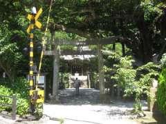 坂ノ下御霊神社鳥居