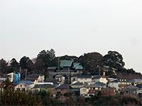 香林寺より望む高石神社