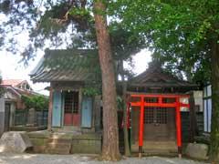 叶稲荷神社と境内社1