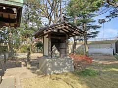 延命寺本堂左側より