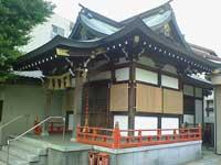 福森稲荷神社拝殿斜めより