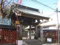 王子稲荷神社玄関
