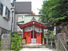 日先神社拝殿