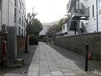 高徳寺参道
