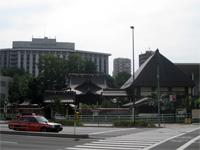 覚林寺外観