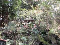 境内社西行稲荷神社