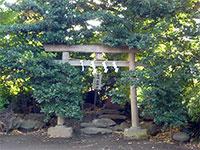 境内社鎮守霊神社
