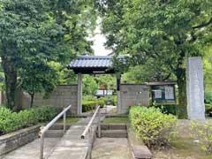 桂徳院山門
