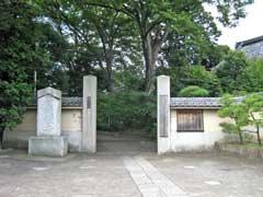 広徳寺参道