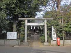 御嶽神社鳥居
