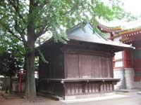 馬込八幡神社神楽殿と稲荷社
