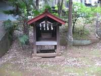 湯殿神社祠1