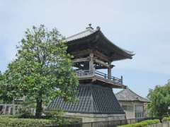 馬蹄寺鐘楼