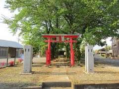 瓦葺稲荷神社鳥居