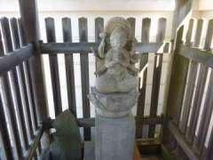 泉蔵寺馬頭観音堂
