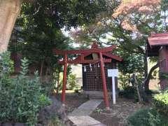 境内社護国神社