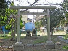 小敷田春日神社稲荷社