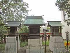 六塚稲荷神社境内社