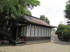 前川神社神楽殿