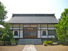 満願寺墓域入口