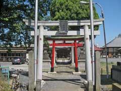 鎌塚八幡神社鳥居