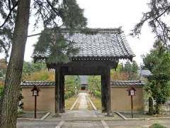 龍淵寺山門