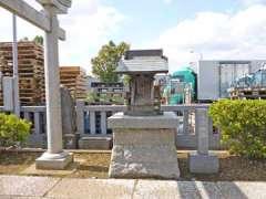 境内社三峰神社
