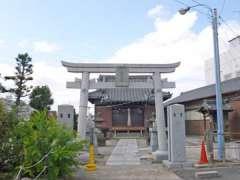 下新田稲荷神社鳥居