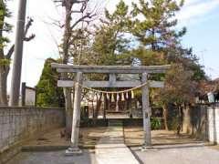 戸ケ崎浅間神社鳥居