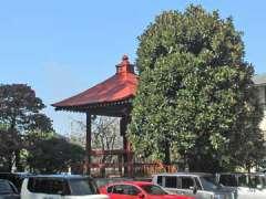 満行寺鐘楼