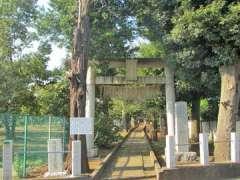 片山氷川神社鳥居